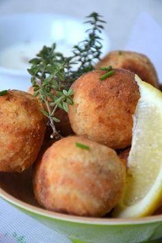 Boulettes végétales lentilles corail-coco { sauce épicée au lait de coco } http://www.lesrecettesdejuliette.fr