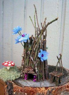 Miniature Woodland Periwinkle Fairy Hut with Chair and Mushroom Mini Fairy Garden, Fairy Garden Houses, Garden Art, Gnome Garden, Periwinkle Fairy, Fairy Village, Fairy Crafts, Fairy Furniture, Miniature Furniture