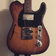 G&L ASAT Bluesboy back from the shop with a new Lollar Regal in the neck. Plays like a dream!