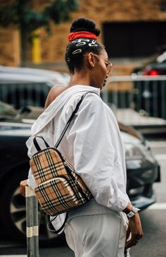 Spring/Summer 2018 Street Style Beauty