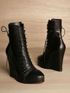 black wedge booties Fall fashion
