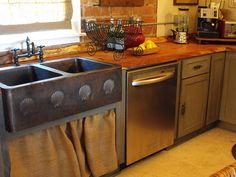 Copper barn sink?  Yes, please!
