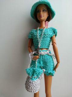vêtement poupée mannequin Barbie (221)