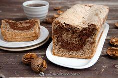 chec-din-albusuri-cu-nuca-si-ciocolata-01 Pavlova, Coco, Tiramisu, Banana Bread, Deserts, Ethnic Recipes, Drink, Beverage, Postres