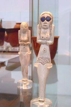 Female Figurines of bone and ivory Predynastic Naqada I Egypt 4000-3600 BCE