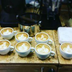 Una giornata insieme a Luca di @pergaminocaffe nella nostra sede di Verona. Il risultato si vede! #coffeetrainingacademy #verona #coffeegram #roma #latteartgram