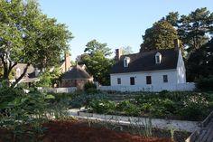 Vegetable Garden Layout Raised Vegetable Gardens, Vegetable Gardening, Colonial Garden, Garden Planning, Homesteading, Layout, Cabin, Vegetables, House Styles