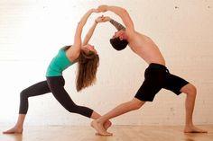 Yoga poses offer numerous benefits to anyone who performs them. There are basic yoga poses and more advanced yoga poses. Here are four advanced yoga poses to get you moving. Iyengar Yoga, Ashtanga Yoga, Kundalini Yoga, Two People Yoga Poses, Yoga Poses For Two, Basic Yoga Poses, Couple Yoga, Partner Yoga, Poses Yoga Faciles