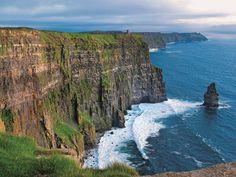Mohérske útesy: Padajú do Atlantiku aj z výšky vyše dvesto metrov.