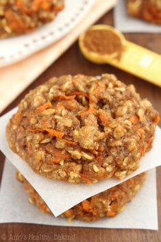 (Carrot Cake Oatmeal Biscuits) we have found the motherload of some of the most popular healthy desserts, treats and snacks just for you, so make some room on your to cook lists and eat amaaaaazing sweets guilt free! Healthy Sweets, Healthy Dessert Recipes, Healthy Baking, Healthy Snacks, Cake Recipes, Healthy Banana Cookies, Carrot Recipes, Blueberry Recipes, Skinny Cookies
