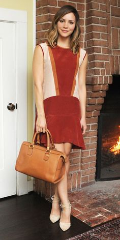 Katharine McPhee in Madewell at the GHURKA Woman Handbag Collection Launch Cocktail at Chateau Marmont on Tuesday (November in West Hollywood. Katharine Mcphee, Fade Styles, Colorblock Dress, Famous Women, I Love Fashion, Who What Wear, Pretty Outfits, Fashion Forward, Portraits