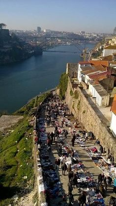 Feira Vandoma, Porto Visit Portugal, Portugal Travel, Spain And Portugal, Porto City, Douro Valley, Cool Places To Visit, Travel Inspiration, Around The Worlds, Italy