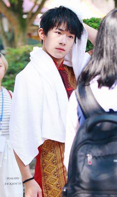 """Dịch Dương Thiên Tỉ ghi hình """"Baby Để Anh Đi"""" mùa 2 #jackson #yiyangqianxi"""