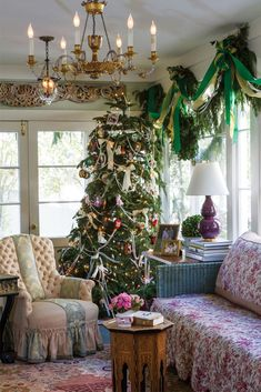 This family tree is bedecked in a mix of sentimental favorites—children's handmade decorations, dog- and horse-themed ornaments, and ribbon garlands strung strung with vintage beads. See the full interior in our November/December issue! Plaid Christmas, Country Christmas, All Things Christmas, Christmas Home, Vintage Christmas, Christmas Trees, White Christmas, Christmas Cats, Merry Christmas
