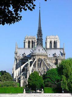 Notre Dame di Parigii