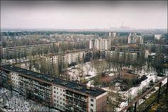 That's what Chernobyl looks like in winter Вот так выглядит Чернобыль зимой  Order a tour to Chernobyl, Pripyat http://www.go2chernobyl.com/en/  Заказать тур в Чернобыль и Припять www.go2chernobyl.com/