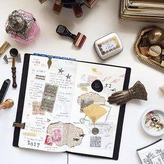 TN : Week 52 / 2016. Here's my last spread of the year. Happy new year everyone! 🎊🎈 #midori #midoritravelersnotebook #travelersnote #travelersnotebook #scrapbooking #planner #washi #washitape #waxseal #sealingwax #stationery #stationeryporn #stationeryaddict #stationerylove #rubberstamp #文具 #文具控 #文房具 #手帳 #紙膠帶 #手帳好朋友 #印章 #封蠟 #火漆 #火漆印