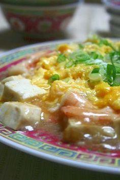 楽天が運営する楽天レシピ。ユーザーさんが投稿した「お手軽☆ふんわり卵と海老と豆腐」のレシピページです。寒いときにどうぞ。ふんわり卵と海老と豆腐。えび,・卵白,・片栗,・塩コショウ,☆鶏がらスープ or ウェイパー,☆醤油,☆オイスターソース,にんにく・しょうが,卵,豆腐