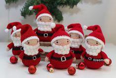 Kreamojza horgolt világa: A jó, a huncut és a szép... Christmas Crafts, Christmas Ornaments, Christmas Sweaters, Holiday Decor, Knitting, Stuff Stuff, Amigurumi, Xmas, Flowers