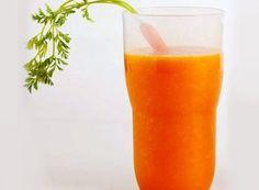Licuado de zanahoria, espinacas y apio para elevar las plaquetas