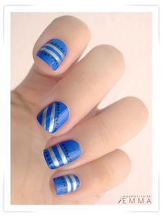 Pinned by www.SimpleNailArtTips.com INTERMEDIATE NAIL ART DESIGN IDEAS - Silver stripes on Blue #nails
