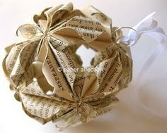 """Would love to figure out how to make this. """"Paper Displays of Affection"""" Etsy shop sells this and other gorgeous pieces."""