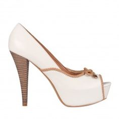 ¡20% de Descuento en Westies Pump Isidor de Nine West!