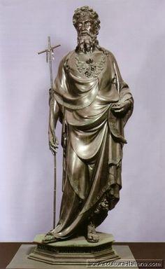 GHIBERTI, scultore. San Giovanni Battista si trovava all'esterno della Chiesa di Orsanmichele ma oggi è conservata nel Museo di Orsanmichele. Ghiberti la costruì ca dal 1412 al 1416 in Bronzo con 268 cm di altezza.