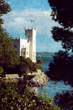 141 Torretta del Castello, Castello di Miramare, Trieste, Friuli Venezia Giulia (fotografia di Silvia Galli)