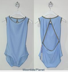 Yumiko Style: Larissa Colors: Moontide and planet