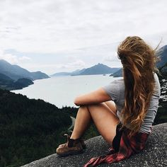 Cling to what is good. Blundstone Boots Women, Summer Hiking Outfit, Cute Summer Outfits, Kinds Of Clothes, Clothes For Women, Adventure Outfit, Adventure Travel, Poses For Pictures, Boots