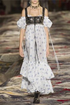 Alexander McQueen - Cold-shoulder Tiered Floral-print Cotton-voile Maxi Dress - Ivory - IT