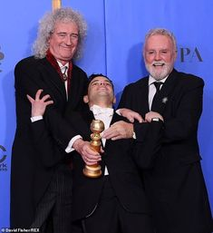Golden Globes: Queen's Brian May and Roger Taylor beam with Rami Malek Queen Pictures, Queen Photos, Queen Brian May, I Am A Queen, Queen Meme, Roger Taylor, Ben Hardy, We Will Rock You, Rami Malek