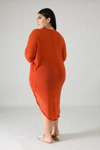 Long Tail knit Top | GitiOnline Orange Fashion, Curvy Outfits, Beautiful Saree, Orange Dress, Plus Size Fashion, Lucy Lawless, Cold Shoulder Dress, High Neck Dress, Knitting