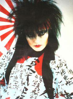 zombiesenelghetto:  Siouxsie Sioux, vintage geisha poster,...