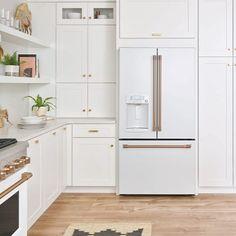 Trends in Kitchen Appliances – Little Green Notebook - Kitchen Cabinet Ideas White Kitchen Appliances, Modern Kitchen Cabinets, Kitchen Furniture, New Kitchen, Kitchen Decor, Kitchen Ideas, Kitchen Backsplash, Kitchen Refrigerators, Kitchen Hutch