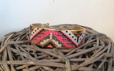 Bracelet manchette rigide tissé de perles miyuki : Bracelet par petit-bijou-de-chloe