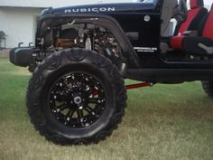 Jeep Wrangler Unlimited Rubicon with XD Hoss Wheels and Nitto Mud Grappler Tires Classe G 6x6, Jeep Rims, Custom Wheels, Jeep Wrangler Unlimited, Rubicon, Jeeps, Mud, Dream Cars, Antique Cars