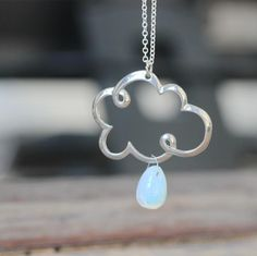 silver raindrop moonstone necklace