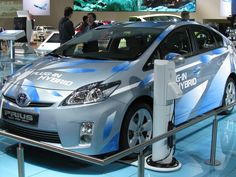 The Hybrid Car Revolution