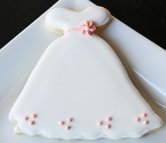 wedding dress cookies for my beautiful bride to be :o)