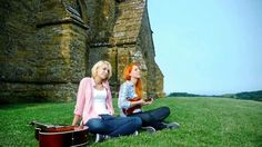 I Don't Know Birds That Well - MonaLisa Twins (Original)