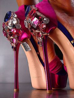 magenta! These shoes are amazing hands down, gems.