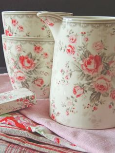 GreenGate is gorgeous.  Why isn't it available in the states?
