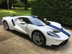 2018 Ford GT Frozen White - Brought to you by Smart-e Fancy Cars, Cool Cars, Ford Sport, Shelby Car, Super Sport Cars, Exotic Sports Cars, Classy Cars, Ford Gt40, Us Cars