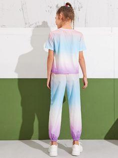 Conjunto top de Tie Dye con estampado de leta con pantalones | Moda de Mujer | SHEIN México Crop Top Y Shorts, Crop Tops, Bardot Crop Top, Thing 1, Capri Pants, Tie Dye, Pajama Pants, Normcore, Lettering