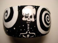 black n white skulls, bracelet, zombie art, horror art, wearable art, zombiehead.etsy.com