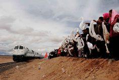 Tibetan people welcome the Qinghai-Tibet train!  http://www.pinterest.com/antiqueasian/chinese/