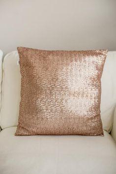 die besten 25 pailletten kissen ideen auf pinterest. Black Bedroom Furniture Sets. Home Design Ideas