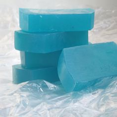 Sabonete de algas.Ajuda a combater celulite e a flacidez da pele devido à ação do colágeno e dos sais minerais.